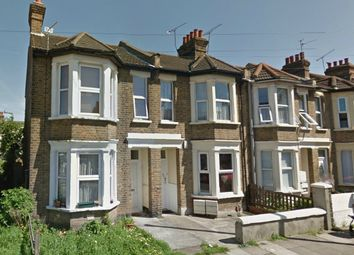 Thumbnail 2 bedroom flat to rent in Oban Road, Southend-On-Sea