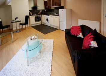 Thumbnail 1 bed flat to rent in Flat 6, 9 Brookfield Road, Leeds