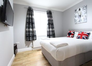 Thumbnail 3 bed flat to rent in Edgware Road, London