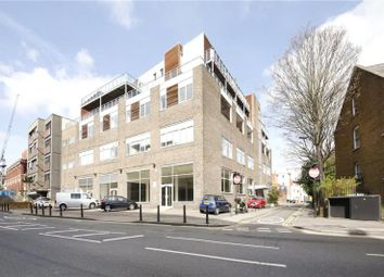 Thumbnail 1 bed flat to rent in Shacklewell Lane, London
