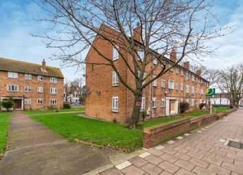 Thumbnail 2 bed flat for sale in Valley Road, Streatham Common