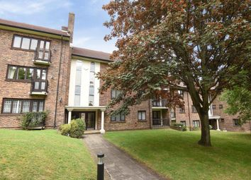 Thumbnail 3 bed flat for sale in Abbey Court, Finchley