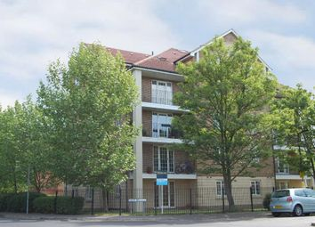 Thumbnail 2 bedroom flat for sale in North Road, London