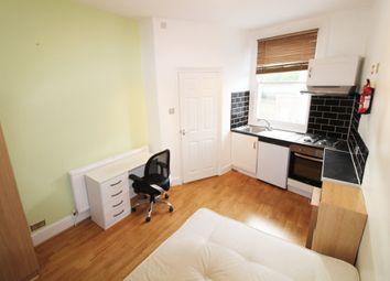 Thumbnail Studio to rent in Churchway, London