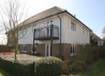 Thumbnail 2 bedroom flat to rent in Albion Way, Edenbridge