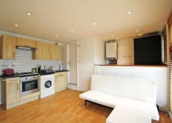 New Cross Road, New Cross SE14. Studio to rent