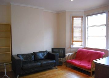 Thumbnail 2 bedroom flat to rent in Oaklands Road, London