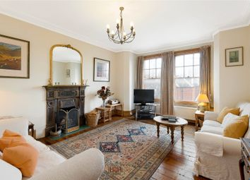 Cambridge Mansions, Cambridge Road, London SW11. 2 bed flat for sale