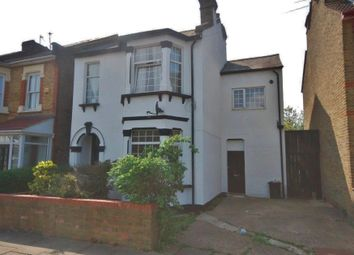 Thumbnail 2 bedroom flat to rent in Pretoria Road, Romford