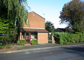 Thumbnail 3 bedroom detached house to rent in Calbourne Crescent, Manchester