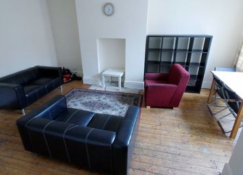 4 bed property to rent in Mayville Place, Hyde Park, Leeds LS6