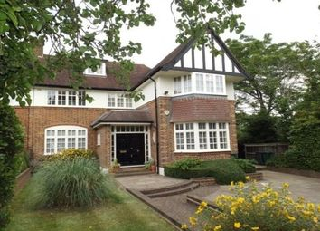 Thumbnail 4 bed property to rent in Oakleigh Park South, London