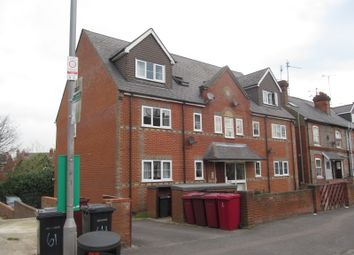 Thumbnail 1 bed flat to rent in Addington Road, Reading