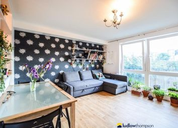 Thumbnail 2 bed flat to rent in Watts Grove, London
