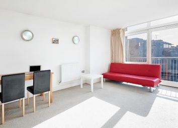 Thumbnail 1 bed flat to rent in Lowry House, Canary Wharf