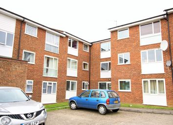 Thumbnail 2 bedroom flat for sale in Milton Dene, Hemel Hempstead