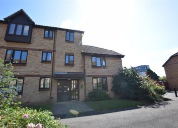 Willow Court, Spring Close, Dagenham RM8. 1 bed flat