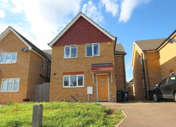 Thumbnail 3 bed detached house for sale in Sempill Road, Hemel Hempstead