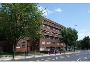 Thumbnail 4 bed maisonette to rent in Rhodeswell Road, Limehouse