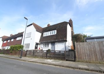 3 bed end terrace house to rent in Maudslay Road, Eltham, London SE9