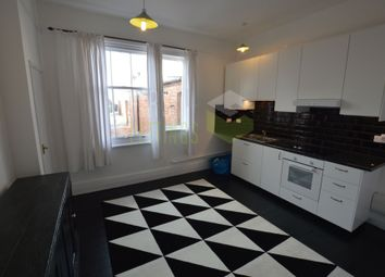 Thumbnail 2 bed flat to rent in East Avenue, Leicester