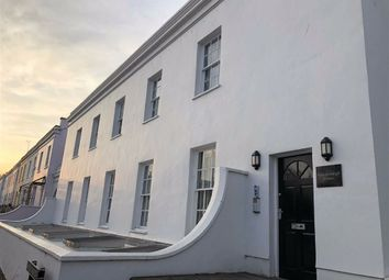 2 bed flat to rent in Bath Road, Cheltenham, Gloucestershire GL53