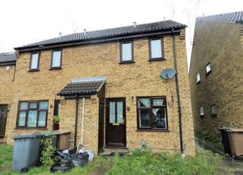Thumbnail 1 bed terraced house to rent in Chiltern Gardens, Luton