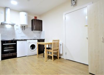Thumbnail Studio to rent in Bounds Green Road, Haringey, Wood Green, London