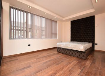 Thumbnail 2 bed flat to rent in St. Anns Road, Harrow-On-The-Hill, Harrow