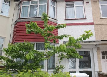 Thumbnail Room to rent in Long Lane, Finchley Central
