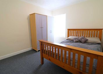 Thumbnail 6 bed property to rent in Aspley Road, Bedford