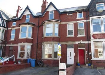 Thumbnail 2 bedroom flat to rent in Richmond Road, Lytham St. Annes