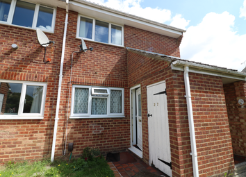 Thumbnail 1 bedroom flat to rent in Ealham Close, Willesborough, Ashford