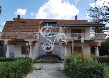 Thumbnail 6 bed villa for sale in Via Samoa, Sicily, Italy