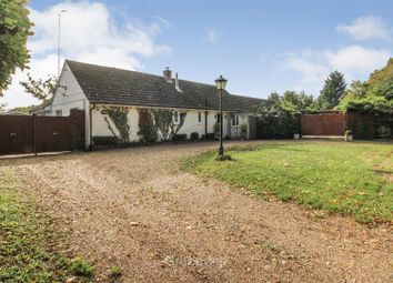 Waingels Road, Twyford, Reading RG10. 3 bed detached bungalow for sale