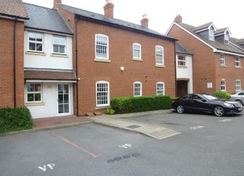 Thumbnail 3 bed flat to rent in New Road, Solihull