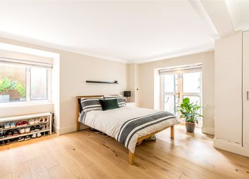 3 bed maisonette for sale in Barry Road, East Dulwich, London SE22