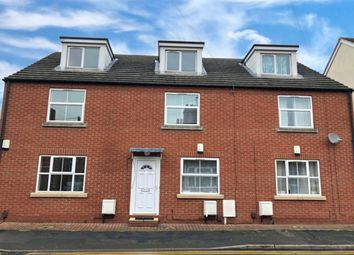3 bed property to rent in Robey Street, Lincoln LN5