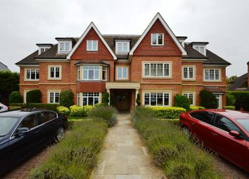Thumbnail 1 bed flat to rent in Shoppenhangers Road, Maidenhead