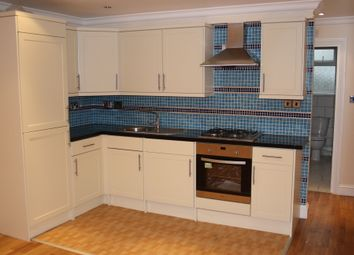 Thumbnail 6 bed flat to rent in Dornton Road, Balham