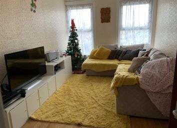Thumbnail 2 bed flat for sale in Turnpike Lane, London
