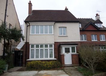Thumbnail 2 bed flat to rent in Kendall Avenue, Sanderstead, Surrey