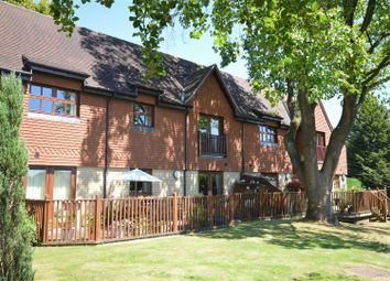 Thumbnail 2 bedroom flat to rent in Furze Hill, Kingswood, Tadworth