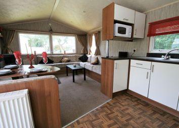 Thumbnail 2 bedroom mobile/park home for sale in Landguard Road, Shanklin