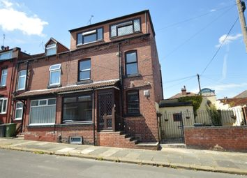 Thumbnail 3 bedroom town house for sale in Glenthorpe Terrace, Leeds, West Yorkshire
