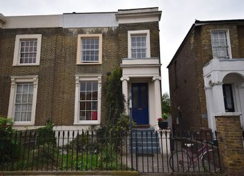 3 bed maisonette for sale in Shrubland Road, London E8
