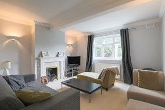 2 bed flat to rent in 1 Grove Park Road, London SE9