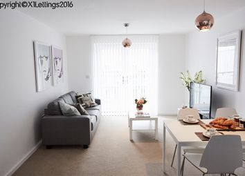 2 bed flat to rent in 1B Elmira Way, Salford M5