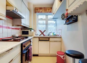 Redcliffe Close, Earls Court, London SW5. 2 bed flat