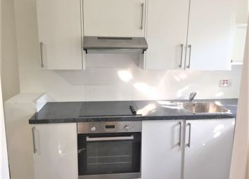 Thumbnail 1 bed flat to rent in North Street, Romford, Essex
